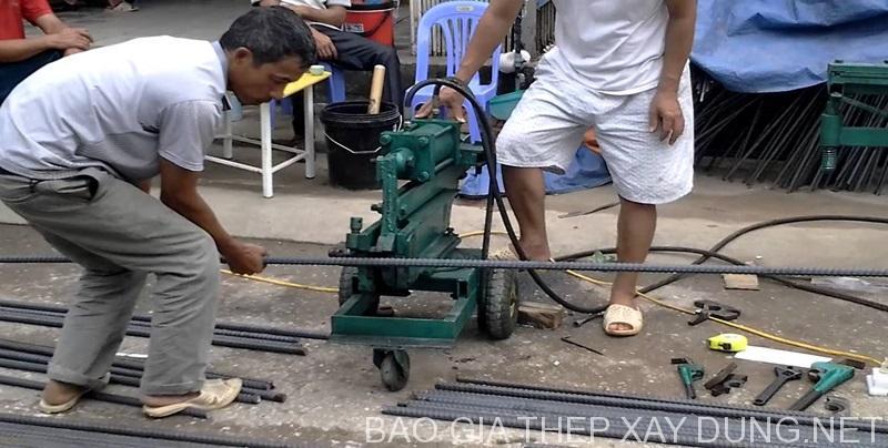 Chặt sắt quy cách theo yêu cầu